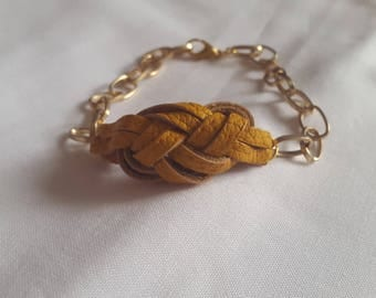Sailor knot bracelet chain mustard gold