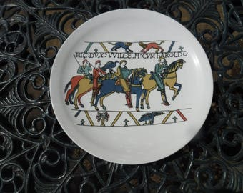 Limoges Plate Tapestry Bayeux