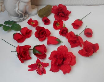 Set of 17 artificial flowers - red jewels
