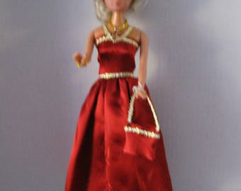 Long dress in Red satin lined with gold (B103)