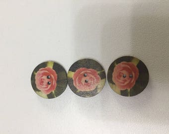 Set of three buttons wood