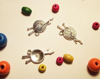 "charm 1 ""ball of yarn"" silver metal"