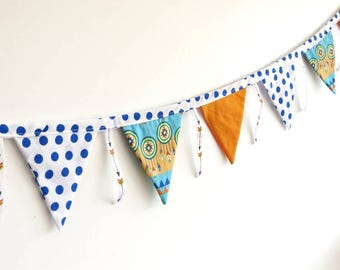 """Bunting """"Indians"""""""