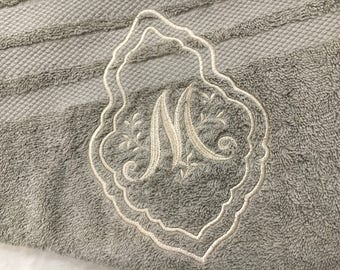 Towel embroidered Monogram