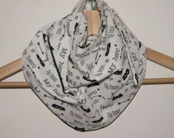 "Reversible child's scarf ""My hero"""
