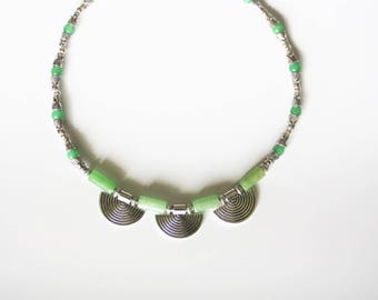 Ethnic necklace with Green Aventurine and silver metal fan