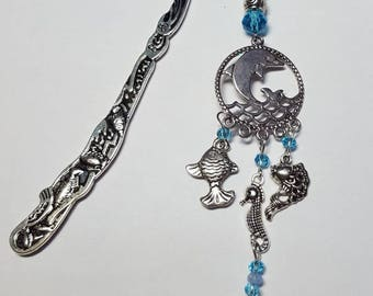 Turquoise sea Dolphin bookmark