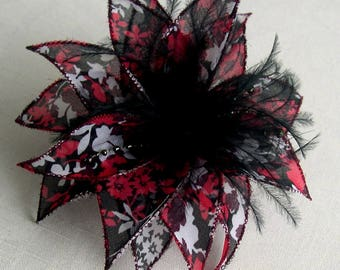 Small hair clip flower fabric & feathers and pearls 030