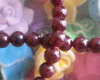 20 Burgundy 6 mm round Garnet beads, 1 mm hole