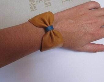 leather bow bracelet plus size