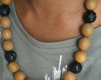 Ebony and mechanical seeds necklace