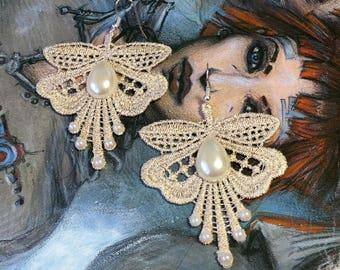 Romantic beige lace earring retro Gothic Victorian lolita
