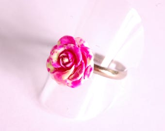 Green and pink 3D flower ring
