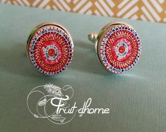 """Nice pair of cufflinks """"Gisele"""" silver metal and wood cabochons hand painted"""