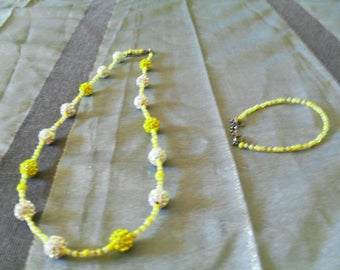set necklace and bracelet original, colorful, trendy (yellow and white)