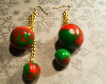 Earrings trends, original, summer (red, green and Brown)