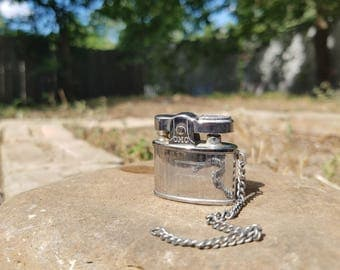 Continental Miniature Keychain Lighter: Vintage-Antique-Americana-Tobbacciana