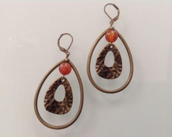 Ethnic and natural stone earrings.