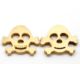 BBN208 - 2 NATURAL WOOD SKULL BUTTONS