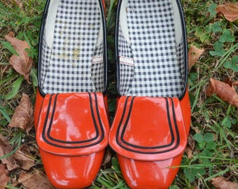 Vintage kids shoes - vintage red shoes - kids shoes - red shoes