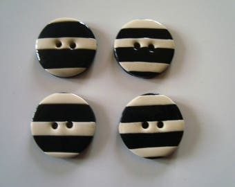 4 round striped black and white buttons - 2 holes - 18 mm - sewing - knitting - Scrapbooking