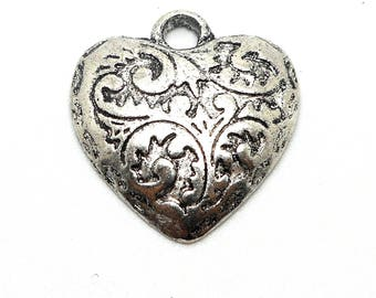 Worked silver metal heart charm