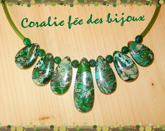 Stone necklace natural green tube pvc and jade beads