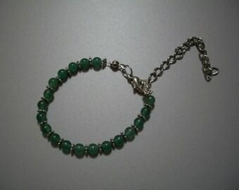 Green semi precious beads bracelet