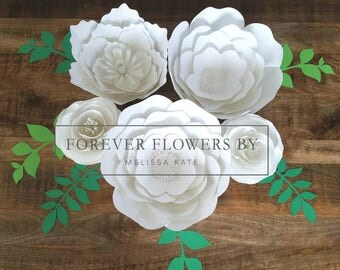 Snow White set: Large Customizable Paper Flower Backdrop Display (5 flowers)