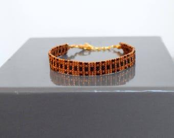 Ochre and black woven bracelet beads Miyuki delicas