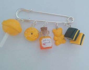 Brooch - sweet yellow
