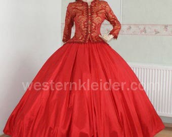 Crinoline gown of Victorian dress Sissi dress