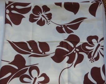 Cream and Brown embroidery, patterns of Tahiti