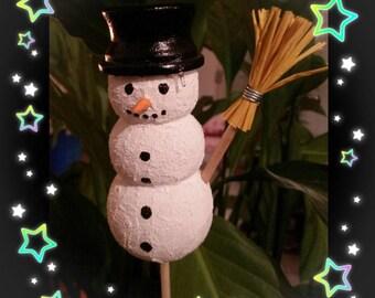 Snowman wooden different decor.