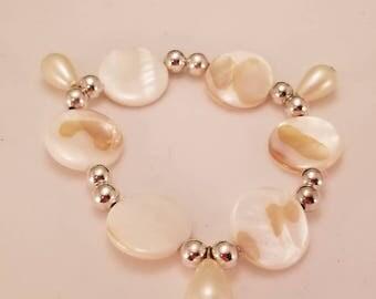 Cute dangle bracelet