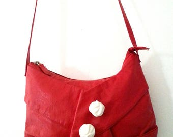 Faux leather red color to wear Crossbody Messenger bag