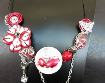 Red and white summer necklace