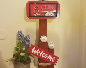 MLB Solar Light Welcome Stand