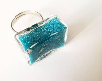 Blue rectangular ring