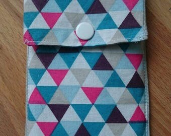 Luckies Lucile cell phone pouch