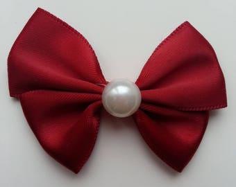 noeud en satin bordeaux  et demi perle blanche 42*55mm