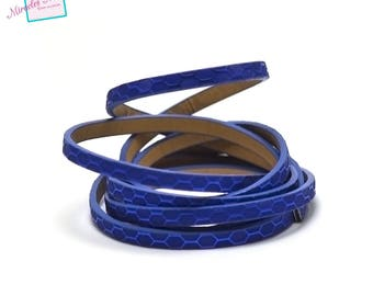 "1.15 m Strip split leather 5 x 2 mm ""honeycomb 2"", royal blue"