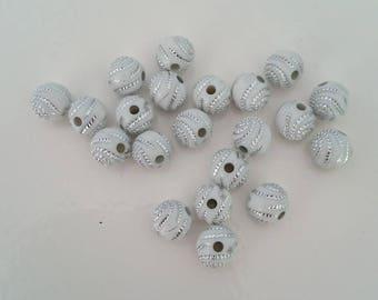 20 round white pearls and rhinestones 8 mm