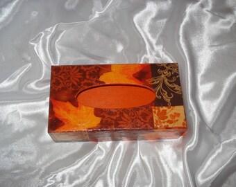 WOODEN KLEENEX BOX