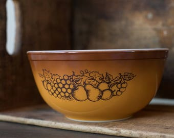 Vintage Pyrex 403 Old Orchard Fall Nesting Bowl