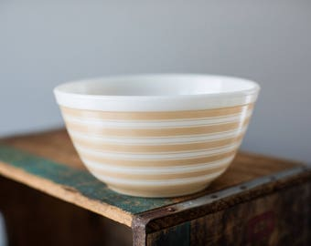 Vintage Pyrex 402 Sandalwood Tan Beige Stripe Mixing Nesting Bowl