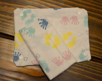 Baby carrier teething pads