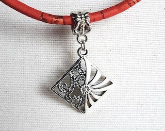 Cork necklace with a square pendant