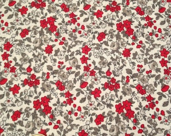 coupon 25 X 25 cm patchwork fabric / red flowers