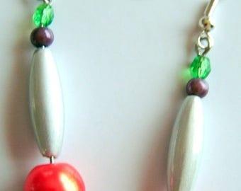 designer jewelry, earrings, orange, green, purple, grey pearls, creating jewelry of Moe
